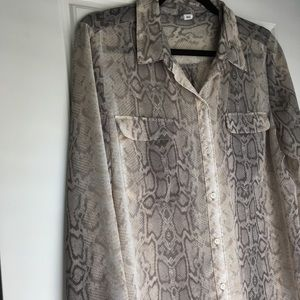 Old Navy sheer snake print top grey and tan
